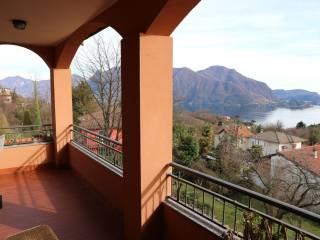 Foto - Villetta a schiera 5 locali, buono stato, Arizzano