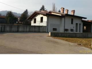 Foto - Villa via Madonna dei Boschi 108, Peveragno