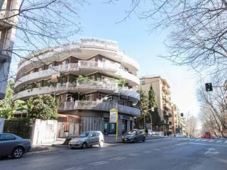 Foto - Appartamento buono stato, terzo piano, Appio latino, Roma
