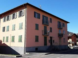 Foto - Trilocale via Maninetti 37, Maninetti, Rovetta