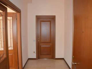 Foto - Quadrilocale via Santa Croce 1, Caronno Varesino