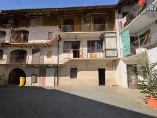 Foto - Casa indipendente via G.Garibaldi 11, Vistrorio