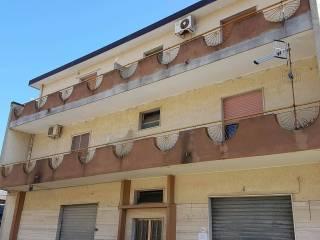 Foto - Trilocale via della Libertà 32, Montepaone Lido, Montepaone