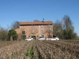 Foto - Rustico / Casale, da ristrutturare, 450 mq, Sant'Agata Bolognese
