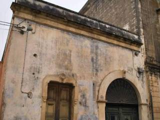 Foto - Quadrilocale da ristrutturare, piano terra, Monteroni Di Lecce