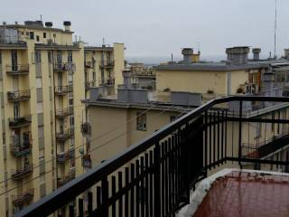 Foto - Trilocale ottimo stato, terzo piano, Prà, Genova