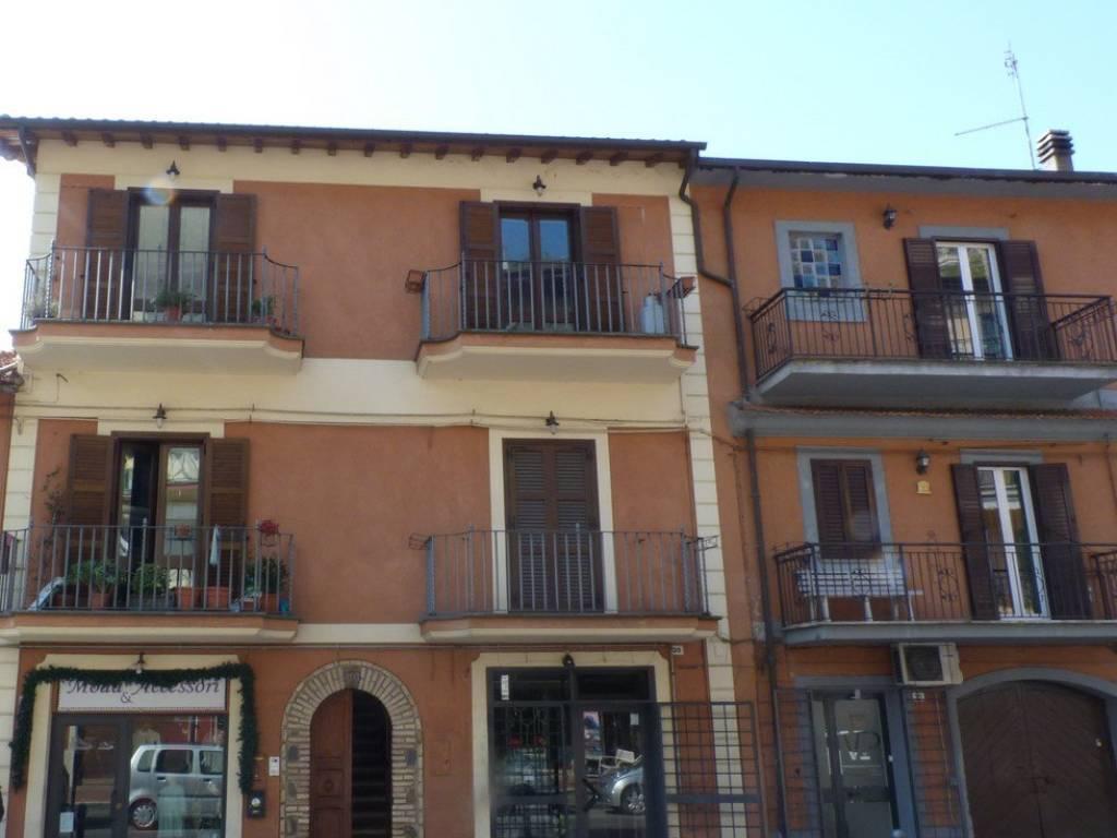 foto  Bilocale via IV Novembre, Trevignano Romano
