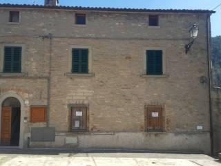 Foto - Palazzo / Stabile due piani, da ristrutturare, Portico e San Benedetto
