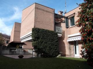 Foto - Villa via Alessandro Manzoni 12, Barzana