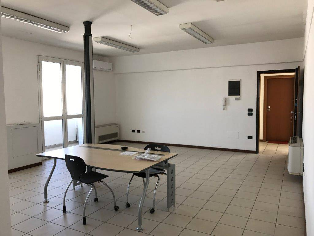 foto  Office for Sale