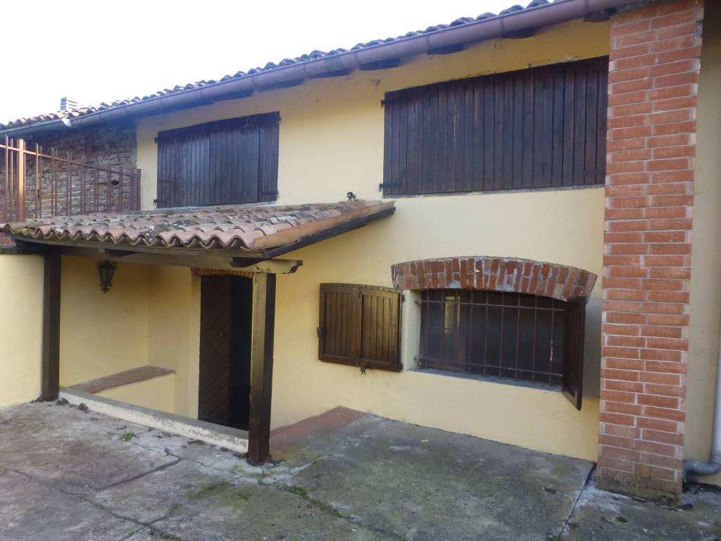 Foto 1 di Appartamento Mombello Monferrato