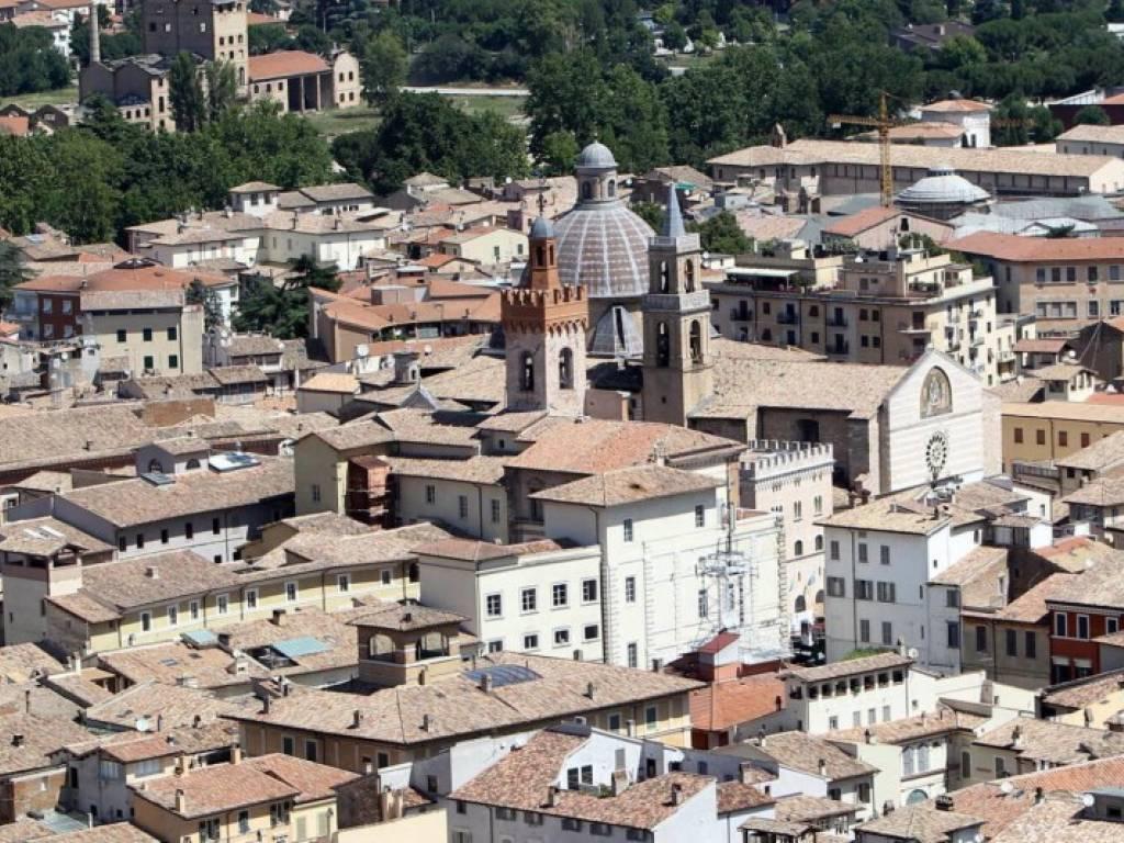 Immobile in vendita a foligno rif 60765940 for Immobiliare foligno