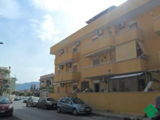 Foto - Trilocale via giuseppe garibaldi, 84, Isola Delle Femmine