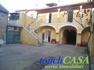 Foto - Palazzo / Stabile, da ristrutturare, Lusciano