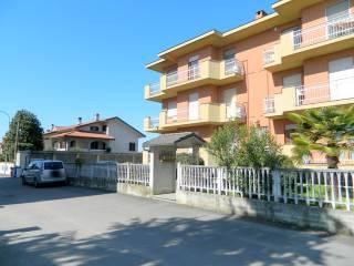 Foto - Quadrilocale via Caduti Bologna 6, Buttigliera d'Asti
