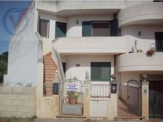 Foto - Casa indipendente via Sergente Maggiore Vittorio Montagna, Bagnolo del Salento