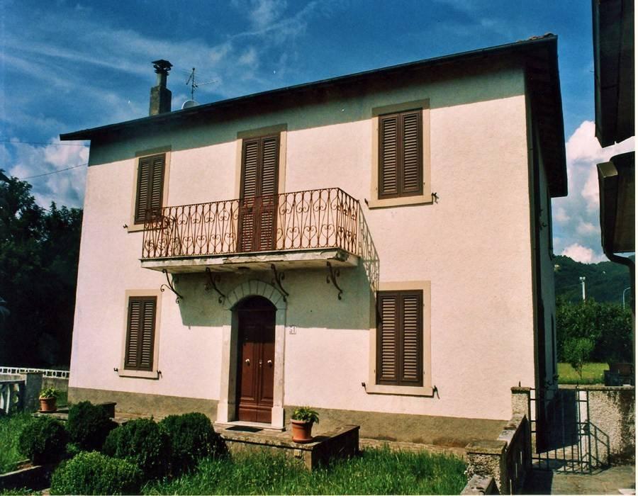 foto  Villa via Guglielmo Marconi 49, Pieve Fosciana
