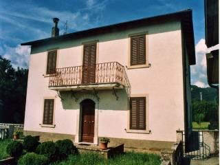 Foto - Villa via Guglielmo Marconi 49, Pontecosi, Pieve Fosciana