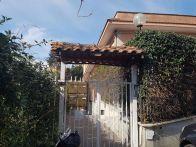 Foto - Quadrilocale via Clorinda Menguzzato 22, Roma