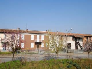 Foto - Villetta a schiera via Roma 160, Sabbione, Carbonara Al Ticino