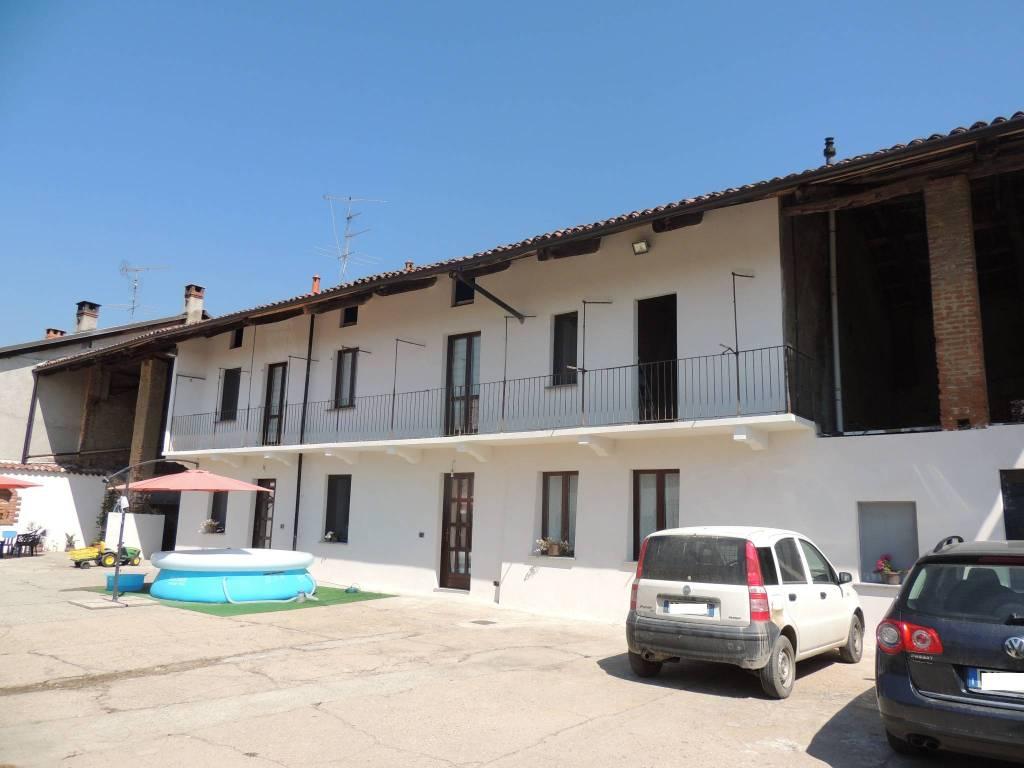 foto Facciata Villa, ottimo stato, 237 mq, Tronzano Vercellese