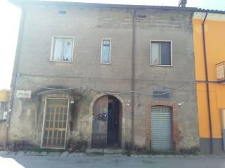 Foto - Monolocale buono stato, primo piano, Forino