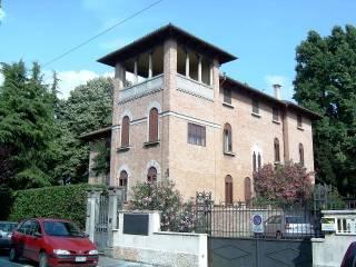 Foto - Palazzo / Stabile tre piani, da ristrutturare, Nazareth, Padova