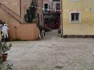 Foto - Trilocale via della Pietá 23, Calcata