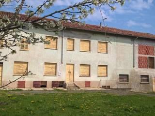 Foto - Rustico / Casale, da ristrutturare, 750 mq, Vignale Monferrato