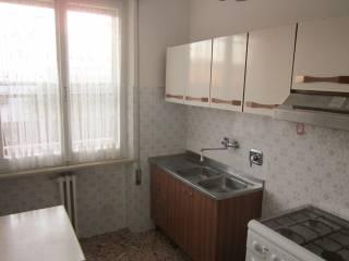 Foto - Appartamento buono stato, primo piano, Foligno