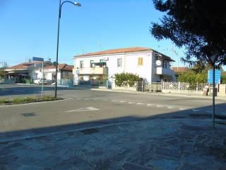 Foto - Trilocale buono stato, piano terra, San Silvestro, Pescara