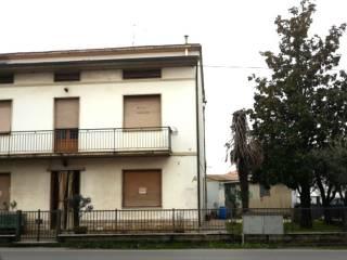 Foto - Casa indipendente 240 mq, da ristrutturare, Olmi, Quarrata