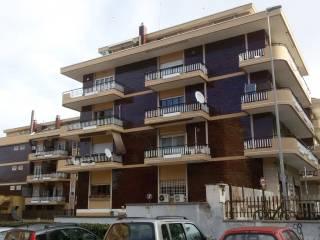 Foto - Quadrilocale ottimo stato, piano terra, Tre Pini, Roma