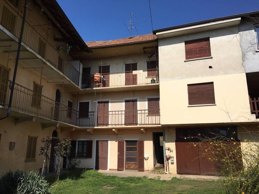 foto  Rustico / Casale, da ristrutturare, 121 mq, Borgo Ticino