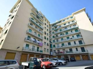 Foto - Trilocale via Voltri, Voltri, Genova