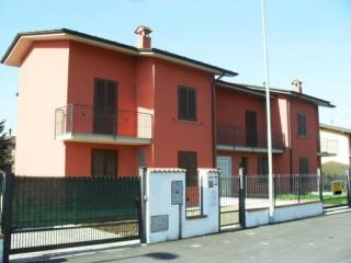 Photo - Terraced house 4 rooms, new, Annicco