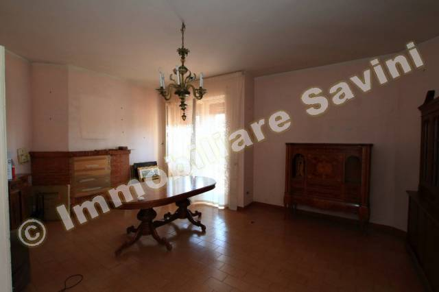 Villa in vendita a Genzano di Roma, 4 locali, prezzo € 270.000 | Cambio Casa.it