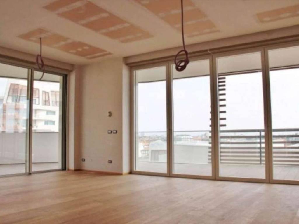 foto soggiorno 4-room flat via Ambrogio Spinola, Milano