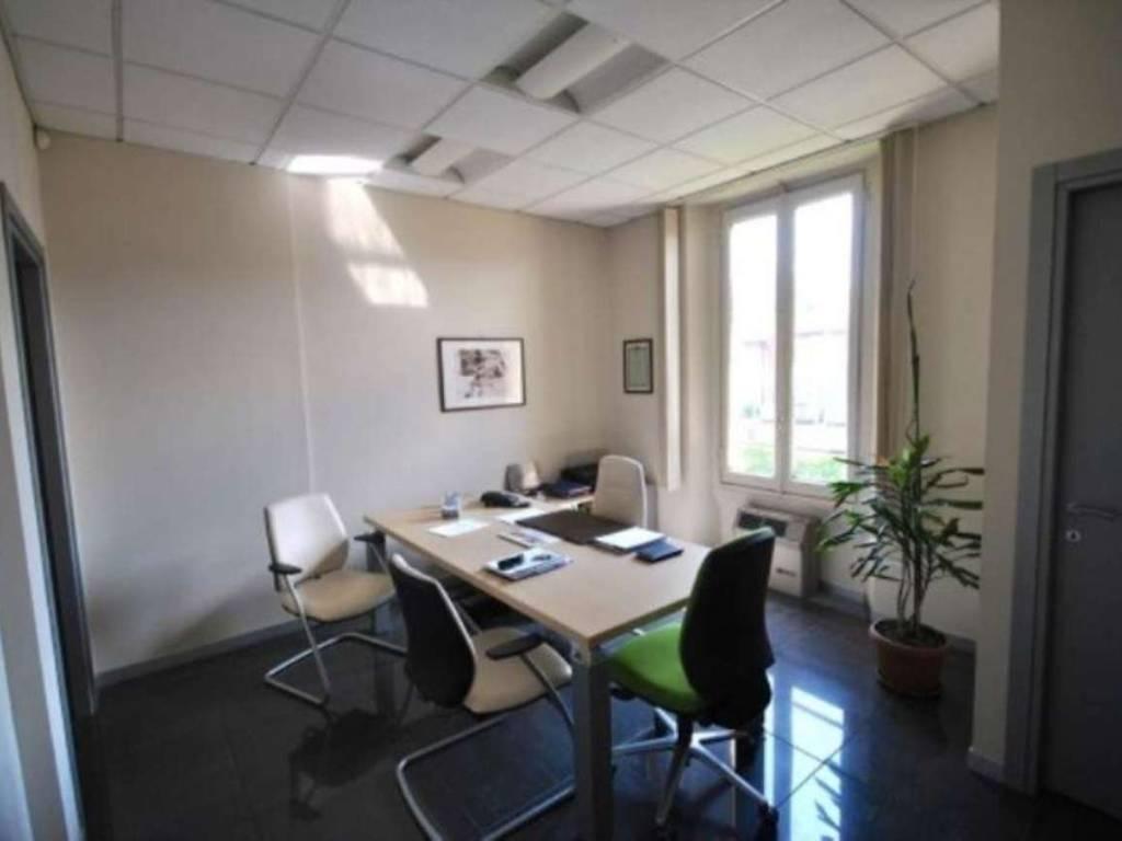 foto  Laboratorio in Vendita a Varese