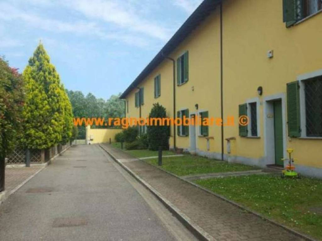 foto  Casa indipendente 115 mq, buono stato, Rognano