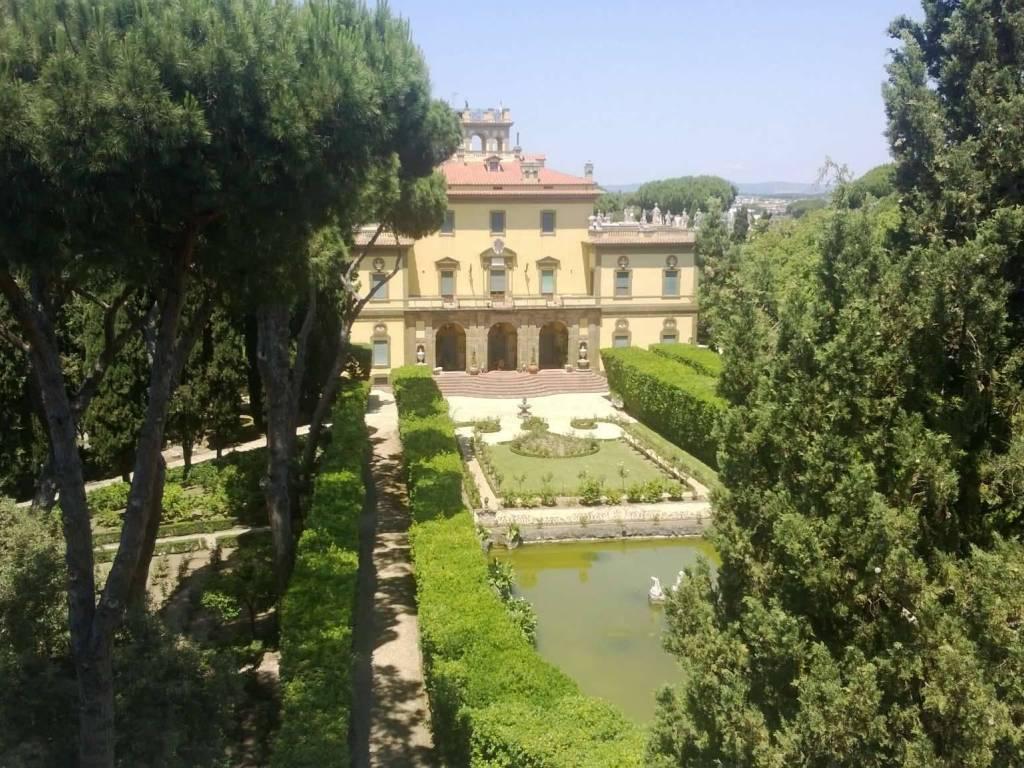foto WP 20130421 001 Villa via camilluccia 640, Roma