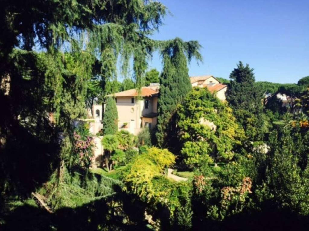 foto villa parioli 2 Ufficio in Vendita a Roma