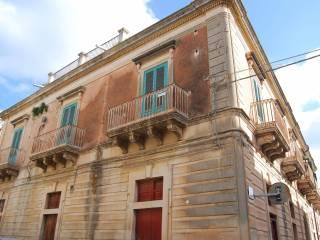 Foto - Palazzo / Stabile Ronco Salice 1, Noto