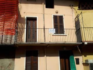 Foto - Casa indipendente 96 mq, da ristrutturare, Besano