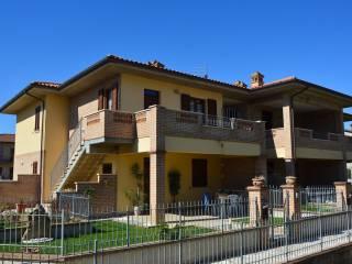 Foto - Quadrilocale nuovo, primo piano, Castiglione Del Lago