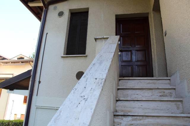 Bilocale Guanzate Via Dei Colli 9