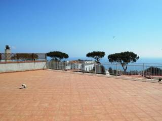 Foto - Attico / Mansarda buono stato, 161 mq, Posillipo, Napoli