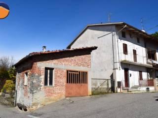 Foto - Casa indipendente frazione Lora, 9, Piatto