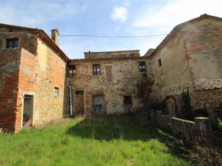 Foto - Rustico / Casale, da ristrutturare, 550 mq, Bucine