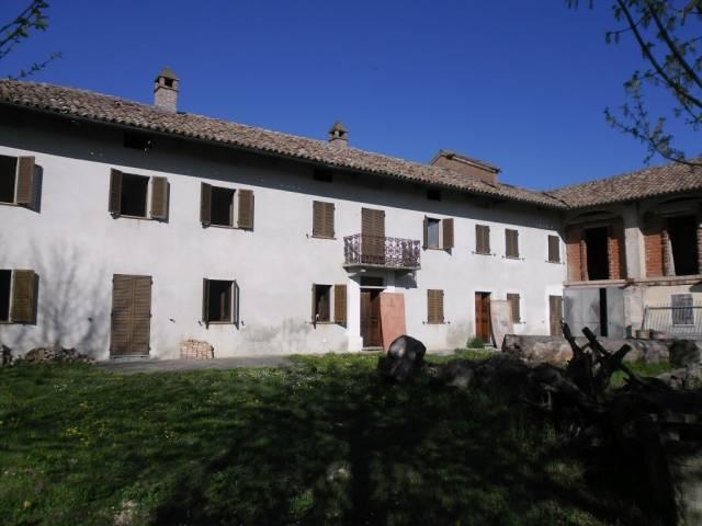 Rustico / Casale in vendita a San Marzano Oliveto, 6 locali, prezzo € 295.000 | Cambio Casa.it